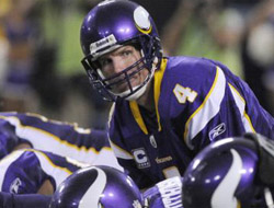 Brett Favre leads the Minnesota Vikings to victory
